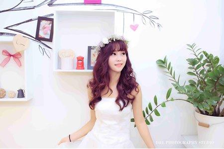 [婚紗寫真] 台中婚紗 婚紗攝影 自助婚紗 棚內拍攝 婚紗照 平面攝影.