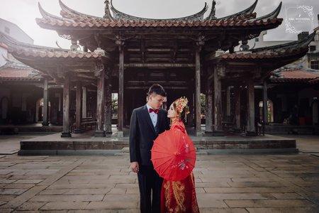 D&L 婚禮事務 台中婚紗 婚紗攝影 龍鳳褂 鹿港龍山寺 自助婚紗-平面攝影