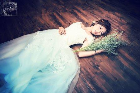 [婚紗寫真] 台中婚紗 婚紗攝影 自助婚紗 婚紗照 棚拍 平面攝影