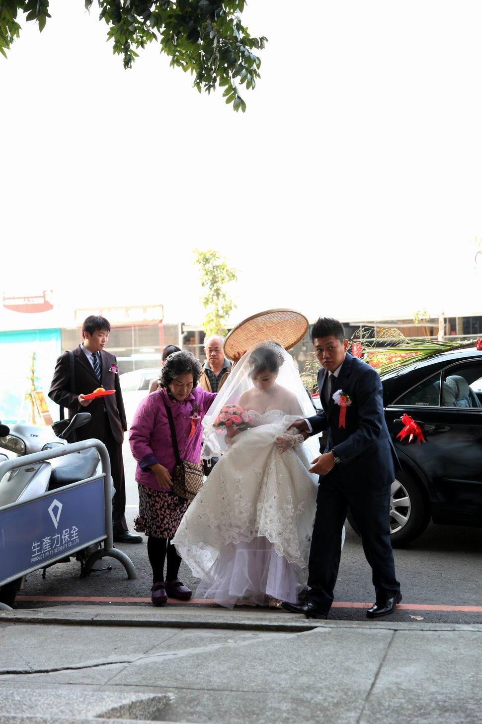 結婚迎娶午宴東達極品美饌結婚迎娶婚禮記錄動態微電影錄影專業錄影(編號:194106) - 蜜月拍照10800錄影12800攝影團隊 - 結婚吧