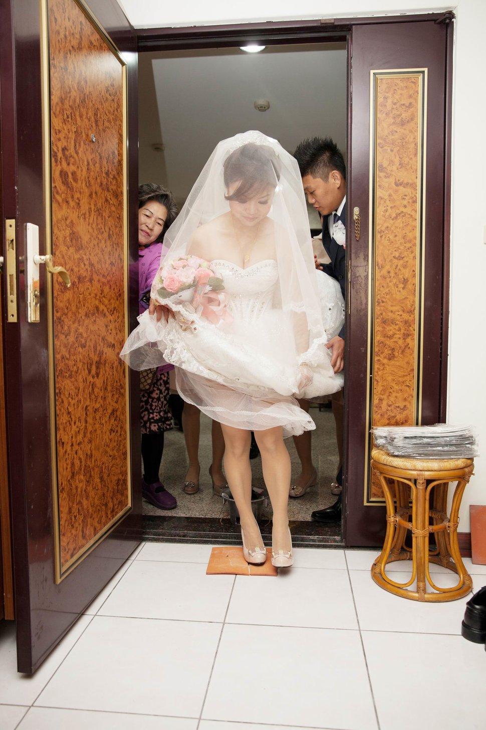 結婚迎娶午宴東達極品美饌結婚迎娶婚禮記錄動態微電影錄影專業錄影(編號:194115) - 蜜月拍照10800錄影12800攝影團隊 - 結婚吧