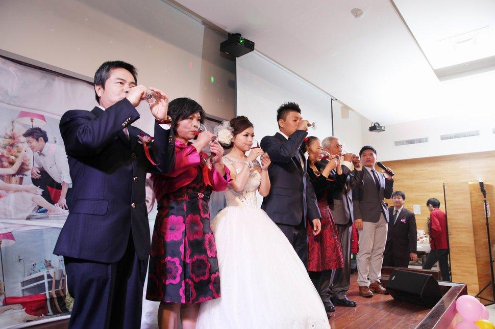結婚迎娶午宴東達極品美饌結婚迎娶婚禮記錄動態微電影錄影專業錄影(編號:194193) - 蜜月拍照10800錄影12800攝影團隊 - 結婚吧