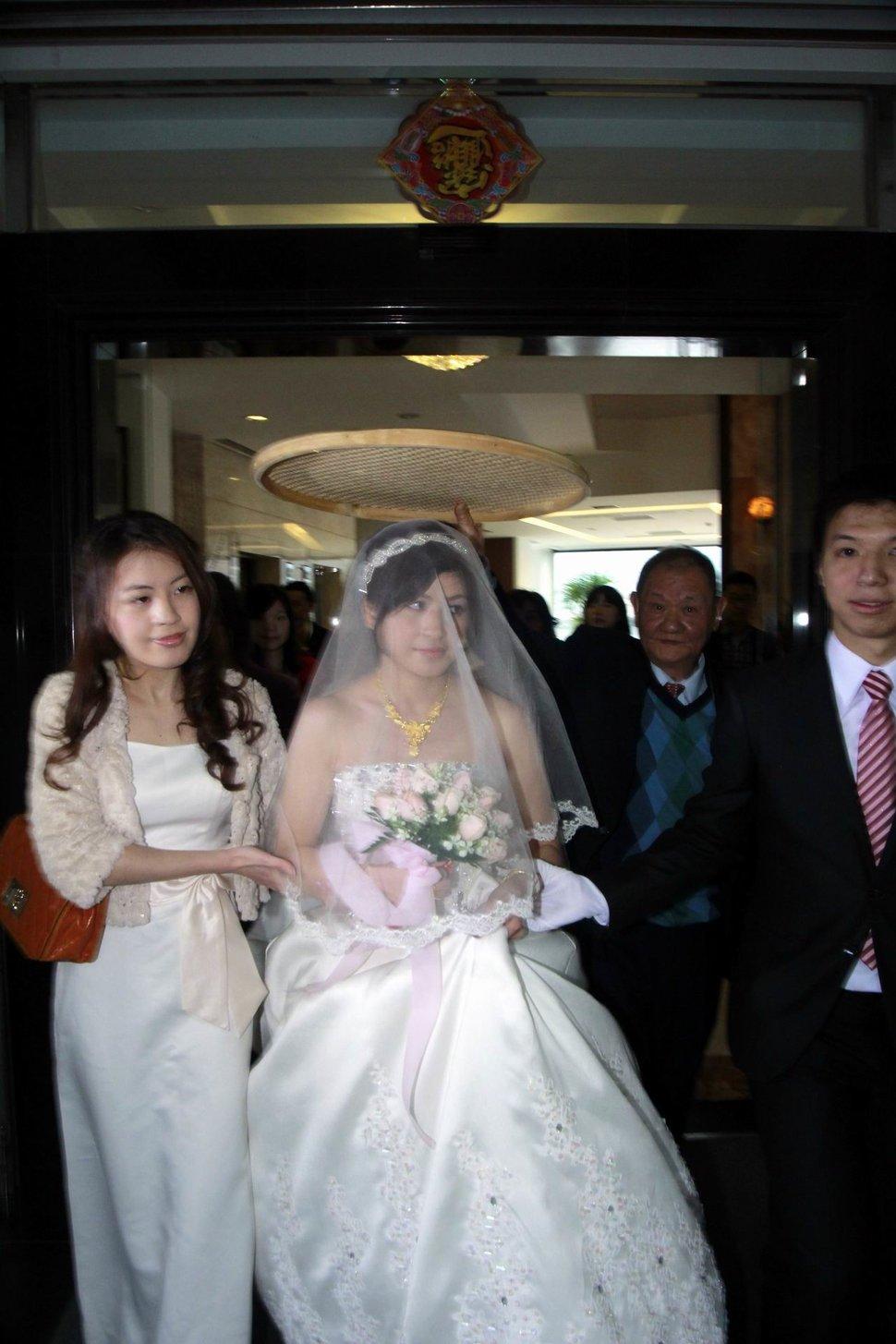 青青食尚花園會館婚禮記錄結婚迎娶婚禮記錄動態微電影錄影專業錄影平面攝影婚紗攝攝影婚禮主持人(編號:196713) - 蜜月拍照10800錄影12800攝影團隊 - 結婚吧
