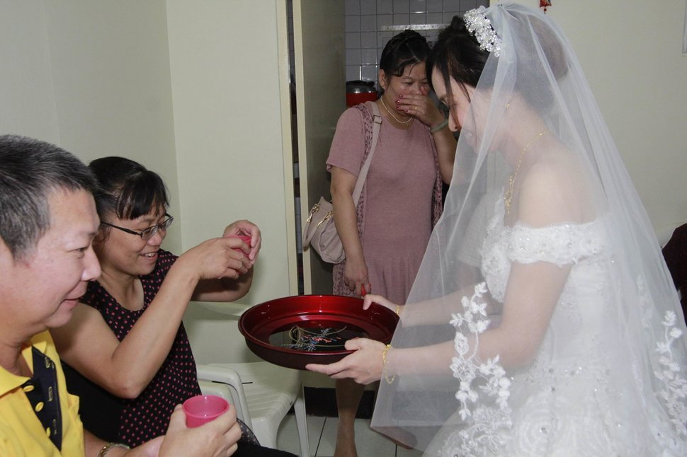 永和易牙居婚宴廣場宴會廳婚婚禮記錄結婚迎娶婚禮記錄動態微電影錄影專業錄影平面攝影婚攝婚禮(編號:213077) - 蜜月拍照10800錄影12800攝影團隊 - 結婚吧
