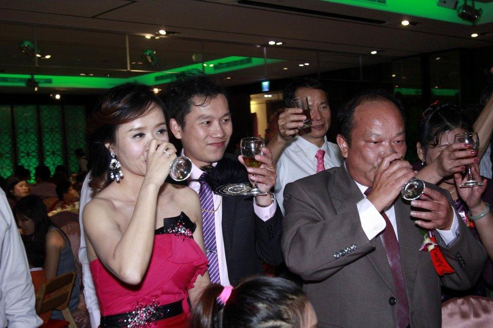 永和易牙居婚宴廣場宴會廳婚婚禮記錄結婚迎娶婚禮記錄動態微電影錄影專業錄影平面攝影婚攝婚禮(編號:213125) - 蜜月拍照10800錄影12800攝影團隊 - 結婚吧