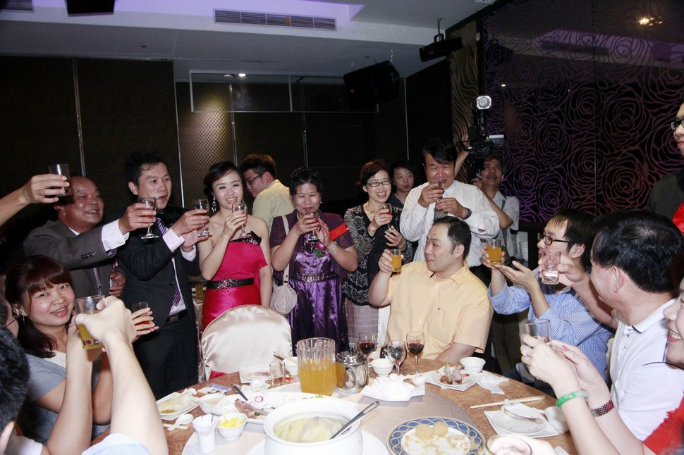 永和易牙居婚宴廣場宴會廳婚婚禮記錄結婚迎娶婚禮記錄動態微電影錄影專業錄影平面攝影婚攝婚禮(編號:213140) - 蜜月拍照10800錄影12800攝影團隊 - 結婚吧