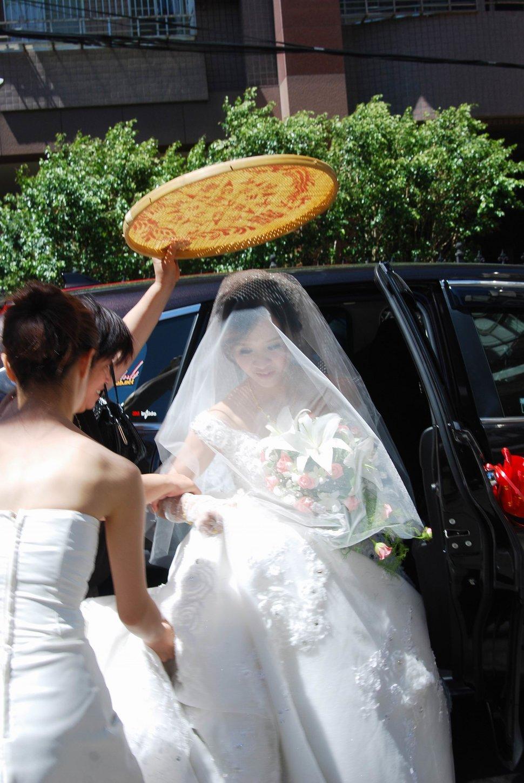 永和易牙居婚宴廣場宴會廳婚婚禮記錄結婚迎娶婚禮記錄動態微電影錄影專業錄影平面攝影婚攝婚禮(編號:213178) - 蜜月拍照10800錄影12800攝影團隊 - 結婚吧