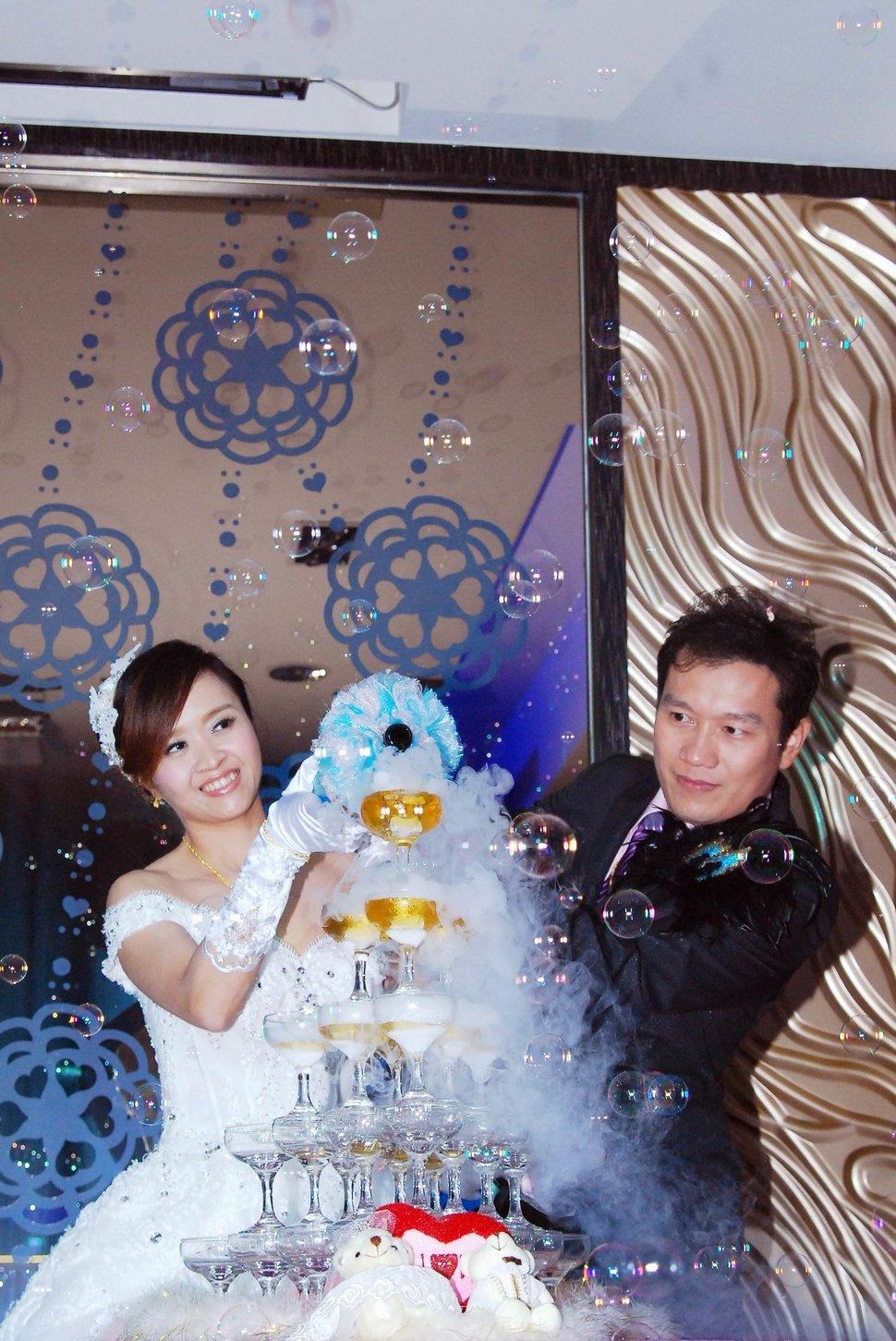 永和易牙居婚宴廣場宴會廳婚婚禮記錄結婚迎娶婚禮記錄動態微電影錄影專業錄影平面攝影婚攝婚禮(編號:213195) - 蜜月拍照10800錄影12800攝影團隊 - 結婚吧