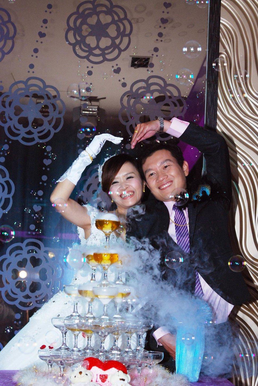 永和易牙居婚宴廣場宴會廳婚婚禮記錄結婚迎娶婚禮記錄動態微電影錄影專業錄影平面攝影婚攝婚禮(編號:213200) - 蜜月拍照10800錄影12800攝影團隊 - 結婚吧
