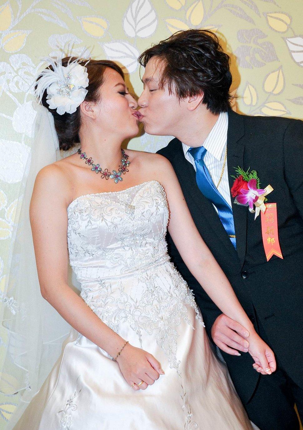 新店璽筵國際宴會廳結婚迎娶儀式午宴婚禮記錄結婚迎娶婚禮記錄動態微電影錄影專業錄影平面攝影婚攝婚禮主持人(編號:214802) - 蜜月拍照10800錄影12800攝影團隊 - 結婚吧