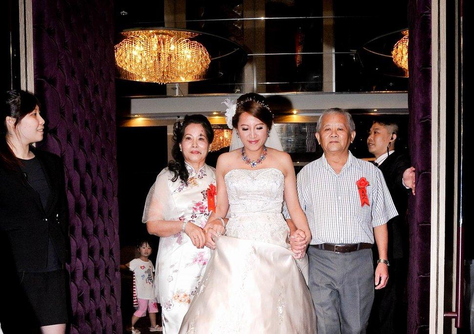 新店璽筵國際宴會廳結婚迎娶儀式午宴婚禮記錄結婚迎娶婚禮記錄動態微電影錄影專業錄影平面攝影婚攝婚禮主持人(編號:214810) - 蜜月拍照10800錄影12800攝影團隊 - 結婚吧