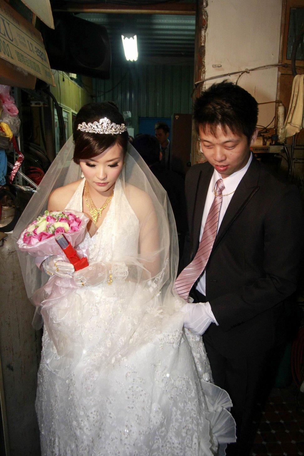 蜜月婚攝新莊美食喜相逢餐廳會館結婚迎娶儀式晚宴婚禮記錄動態微電影錄影專業錄影平面攝影婚攝婚禮主持人(編號:270467) - 蜜月拍照10800錄影12800攝影團隊 - 結婚吧