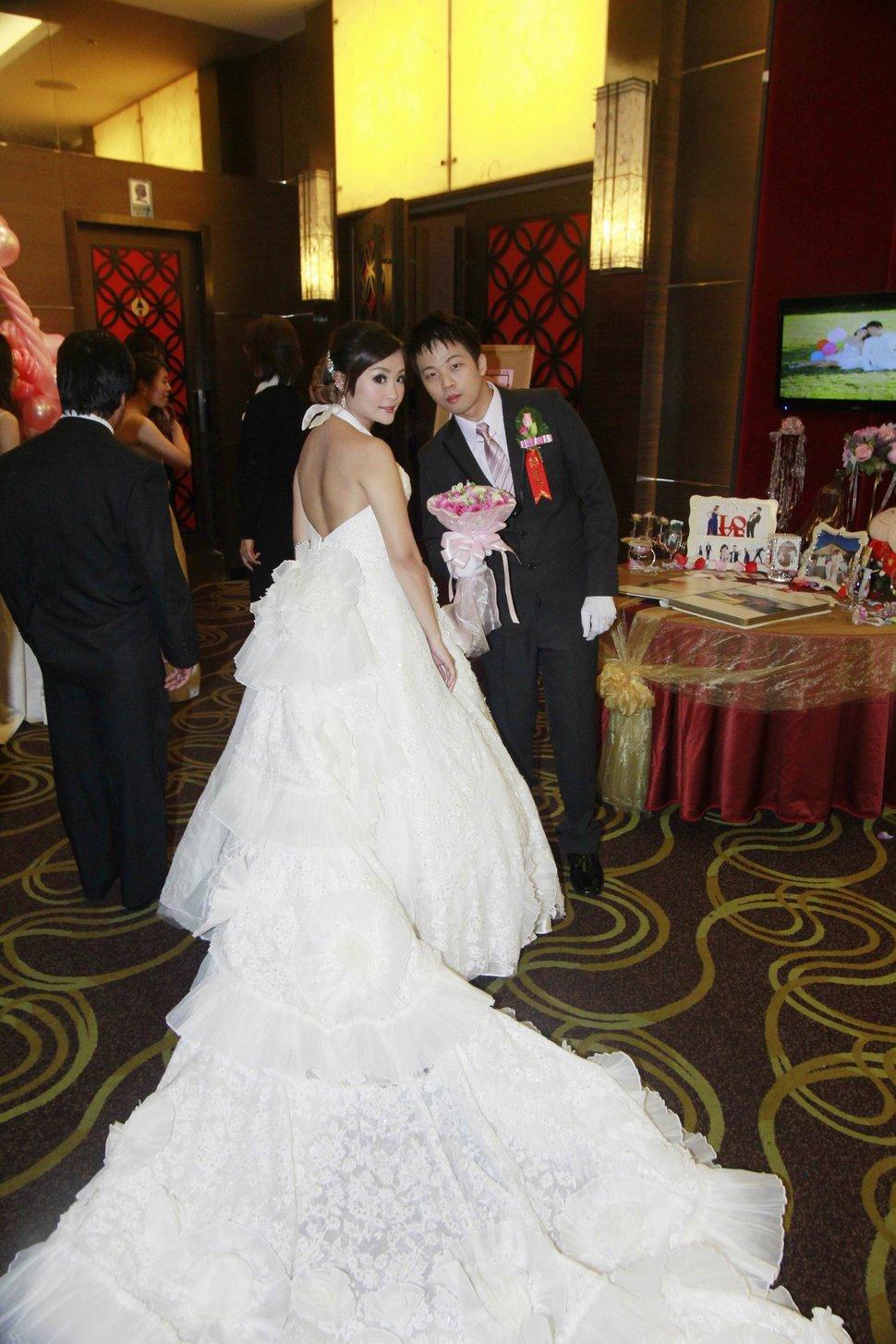 蜜月婚攝新莊美食喜相逢餐廳會館結婚迎娶儀式晚宴婚禮記錄動態微電影錄影專業錄影平面攝影婚攝婚禮主持人(編號:270543) - 蜜月拍照10800錄影12800攝影團隊 - 結婚吧