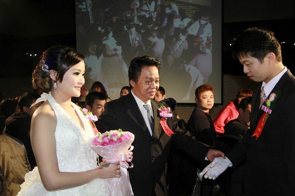 蜜月婚攝新莊美食喜相逢餐廳會館結婚迎娶儀式晚宴婚禮記錄動態微電影錄影專業錄影平面攝影婚攝婚禮主持人(編號:270549) - 蜜月拍照10800錄影12800攝影團隊 - 結婚吧