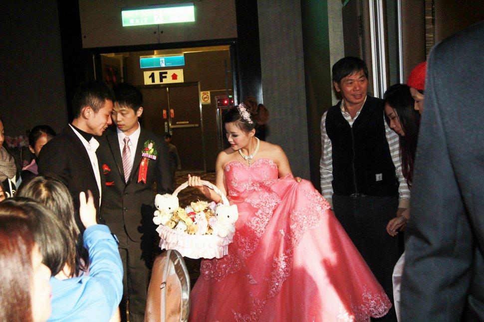 蜜月婚攝新莊美食喜相逢餐廳會館結婚迎娶儀式晚宴婚禮記錄動態微電影錄影專業錄影平面攝影婚攝婚禮主持人(編號:270561) - 蜜月拍照10800錄影12800攝影團隊 - 結婚吧
