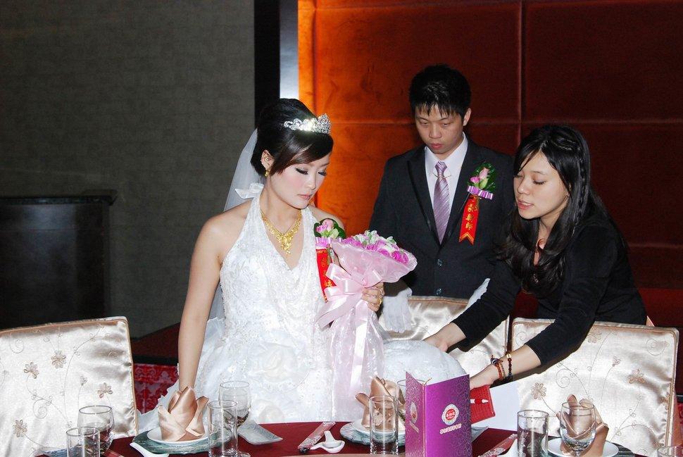 蜜月婚攝新莊美食喜相逢餐廳會館結婚迎娶儀式晚宴婚禮記錄動態微電影錄影專業錄影平面攝影婚攝婚禮主持人(編號:270636) - 蜜月拍照10800錄影12800攝影團隊 - 結婚吧