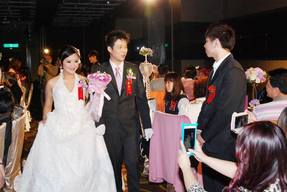 蜜月婚攝新莊美食喜相逢餐廳會館結婚迎娶儀式晚宴婚禮記錄動態微電影錄影專業錄影平面攝影婚攝婚禮主持人(編號:270645) - 蜜月拍照10800錄影12800攝影團隊 - 結婚吧