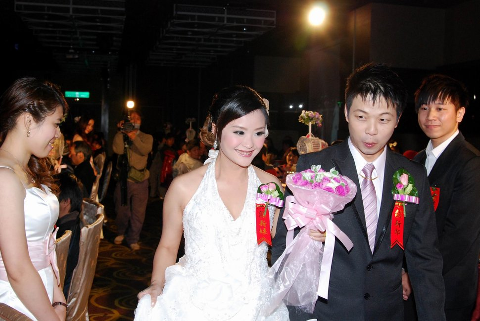 蜜月婚攝新莊美食喜相逢餐廳會館結婚迎娶儀式晚宴婚禮記錄動態微電影錄影專業錄影平面攝影婚攝婚禮主持人(編號:270646) - 蜜月拍照10800錄影12800攝影團隊 - 結婚吧