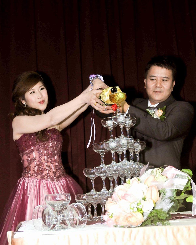 專業婚攝婚禮紀錄婚禮紀錄專業錄影婚禮錄影婚禮記錄動態微電影錄影專業錄影平面攝影婚攝婚禮主持人(編號:280321) - 蜜月拍照10800錄影12800攝影團隊 - 結婚吧