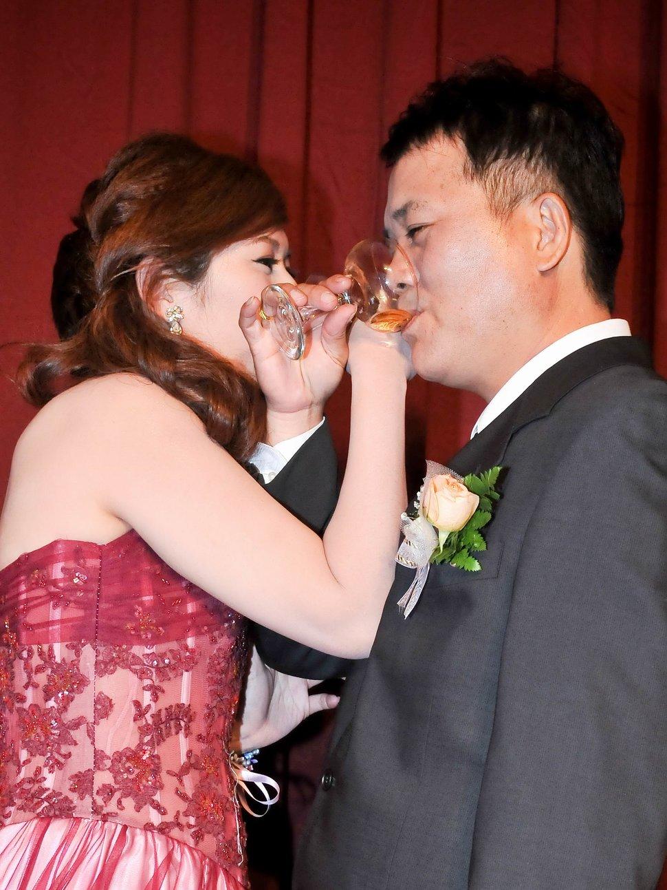 專業婚攝婚禮紀錄婚禮紀錄專業錄影婚禮錄影婚禮記錄動態微電影錄影專業錄影平面攝影婚攝婚禮主持人(編號:280324) - 蜜月拍照10800錄影12800攝影團隊 - 結婚吧