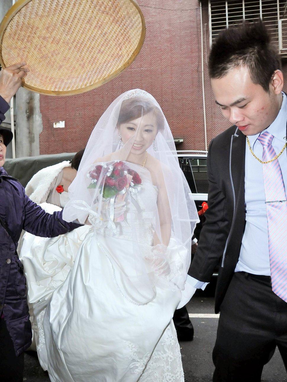 海產大王文定結婚儀式迎娶晚宴婚禮結婚儀式午宴婚禮記錄動態微電影錄影專業錄影平面攝影婚攝婚禮主持人(編號:303380) - 蜜月拍照10800錄影12800攝影團隊 - 結婚吧