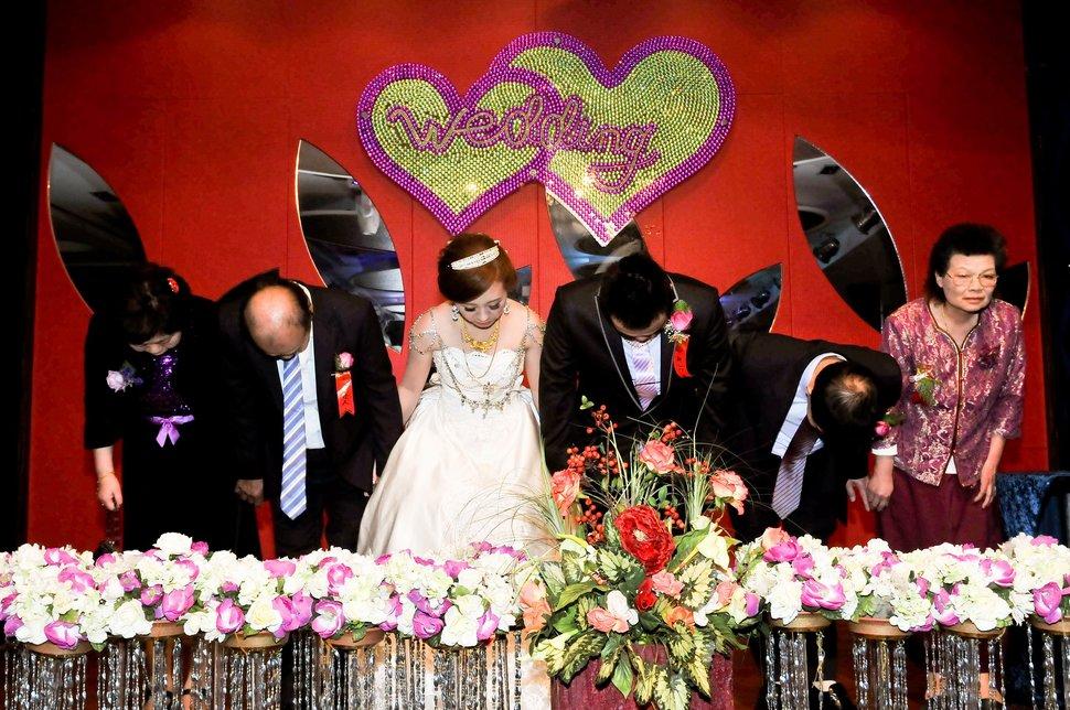海產大王文定結婚儀式迎娶晚宴婚禮結婚儀式午宴婚禮記錄動態微電影錄影專業錄影平面攝影婚攝婚禮主持人(編號:303425) - 蜜月拍照10800錄影12800攝影團隊 - 結婚吧