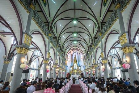 聖母玫瑰教堂儀式