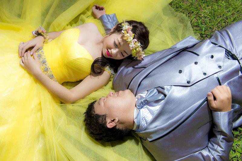 台灣輕旅行婚紗|萬丈光芒婚紗攝影工作室