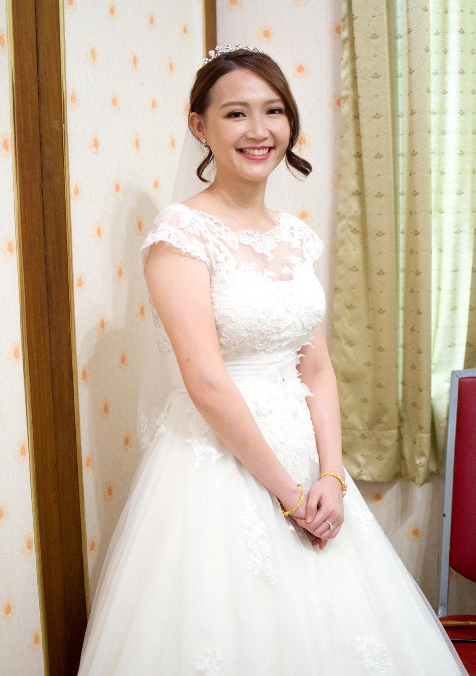 白紗精選造型(編號:509110) - Winnie白色時尚城堡新娘秘書《結婚吧》