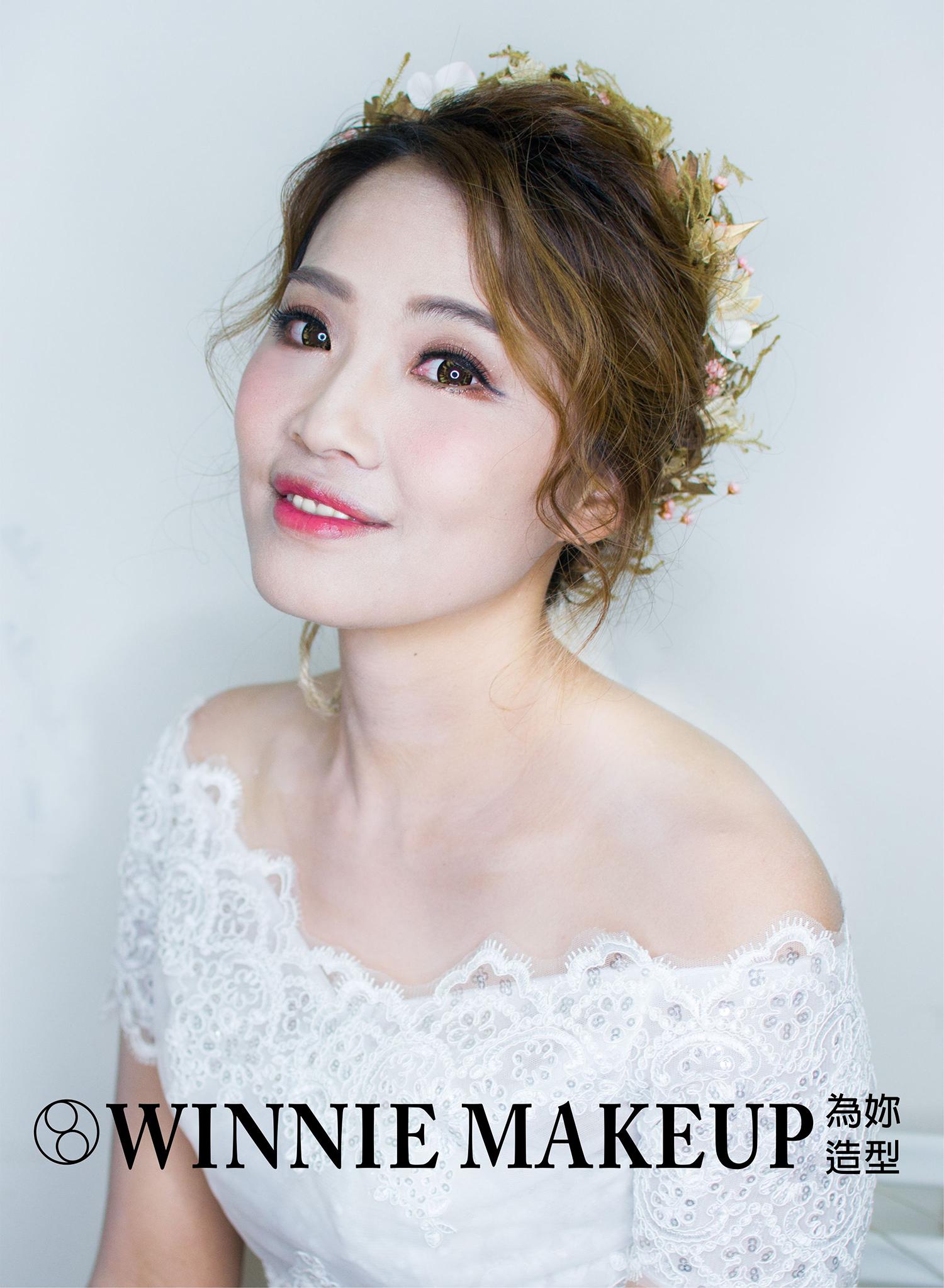 Winnie Liu白色時尚城堡