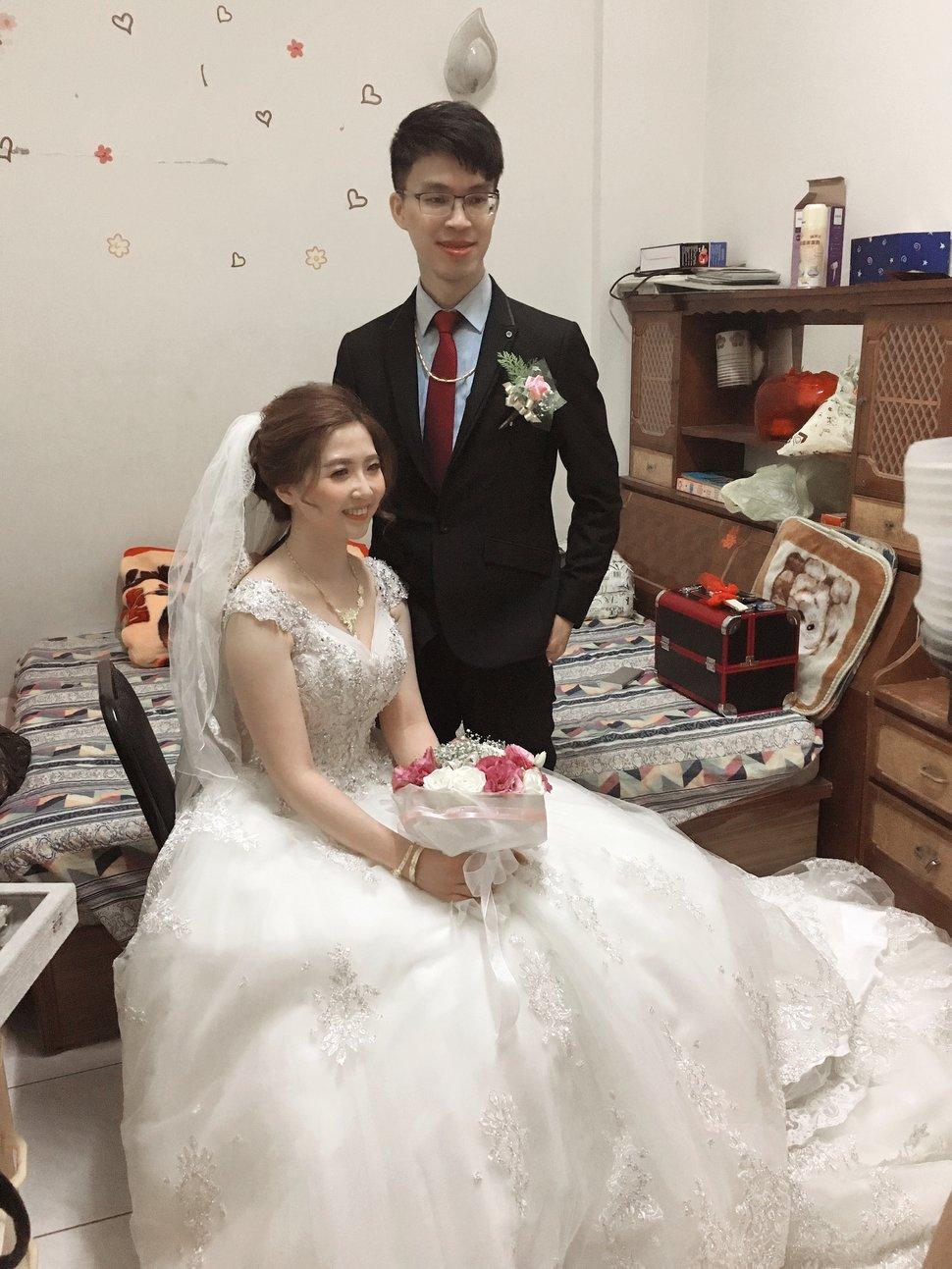 E6C375A0-B0F0-4C22-9581-A18557335856 - Winnie Liu白色時尚城堡《結婚吧》