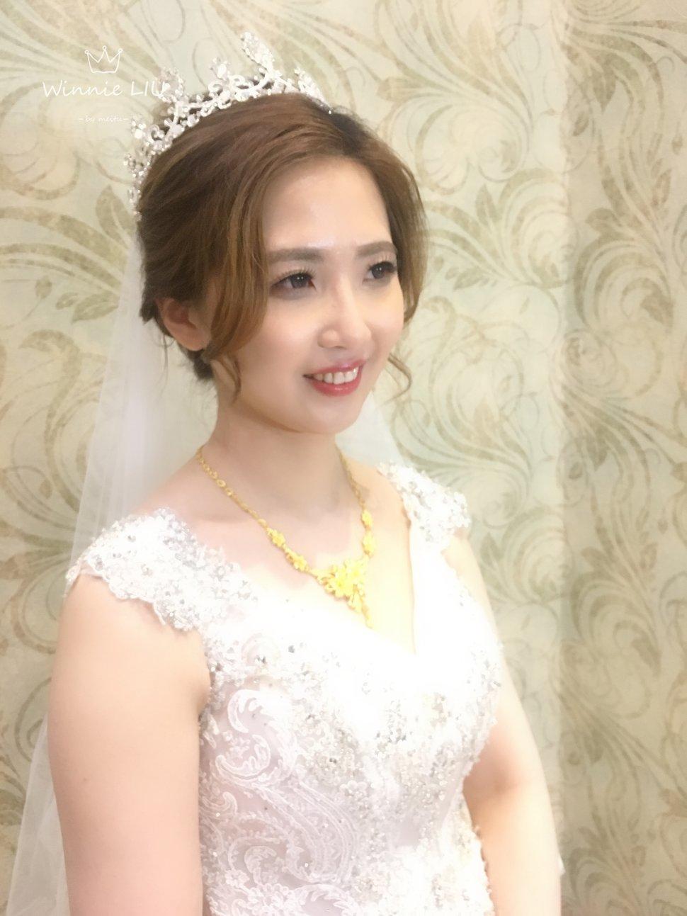 D7A30425-C3E6-48B3-8245-5A221BBF8904 - Winnie Liu白色時尚城堡《結婚吧》