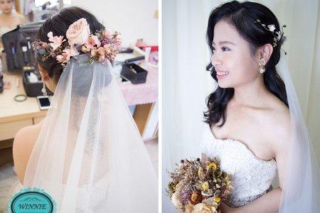 獨特的不凋花和時尚的新娘造型