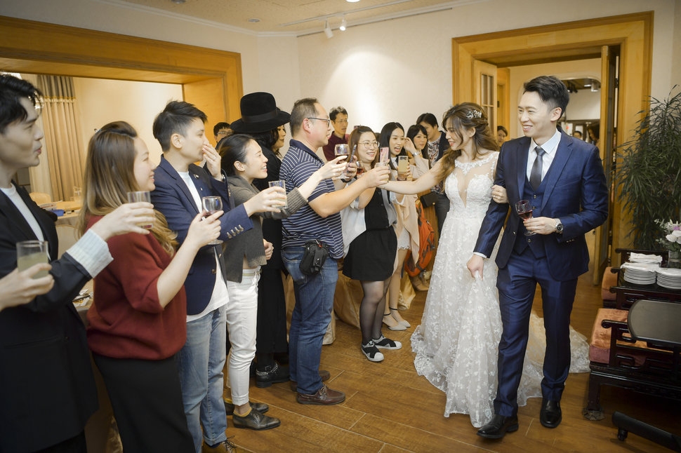 1-201-8 - J ART專業攝錄影團隊《結婚吧》