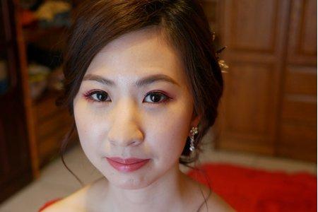 訂婚大紅旗袍-短髮新娘髮型分享