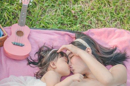 親子家庭。孕婦寫真
