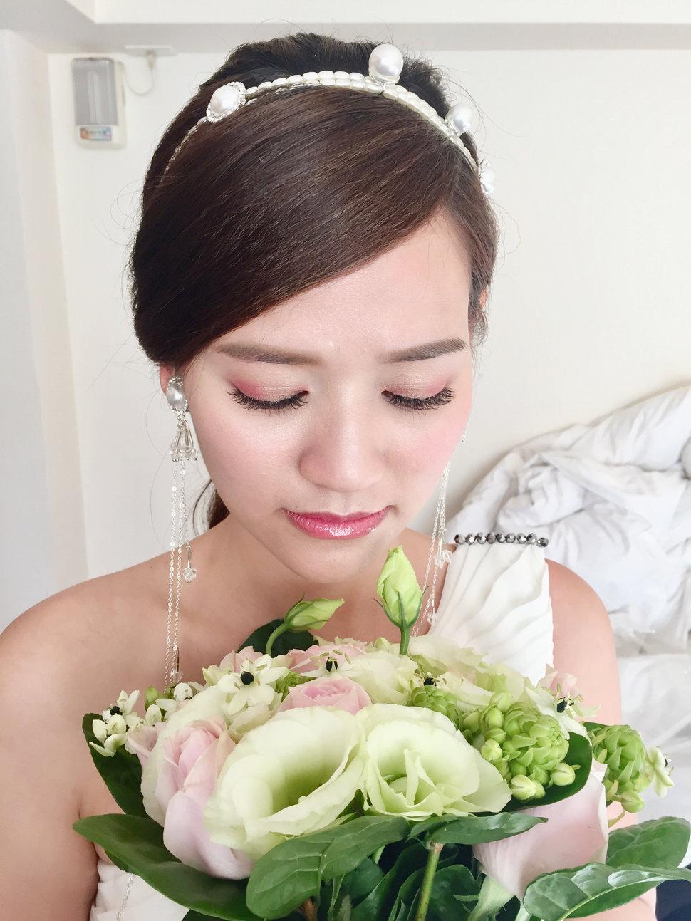 EBCF25C3-1691-46CB-85CB-924AE451749D - 新娘祕書心儷 - 結婚吧