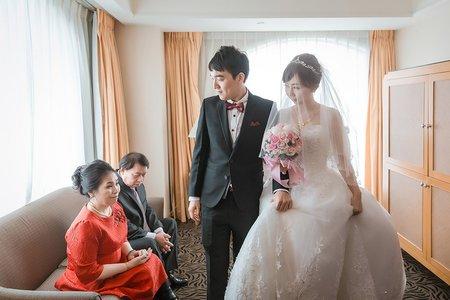 【台北婚攝】中和 福朋喜來登 | 雙機婚禮攝影