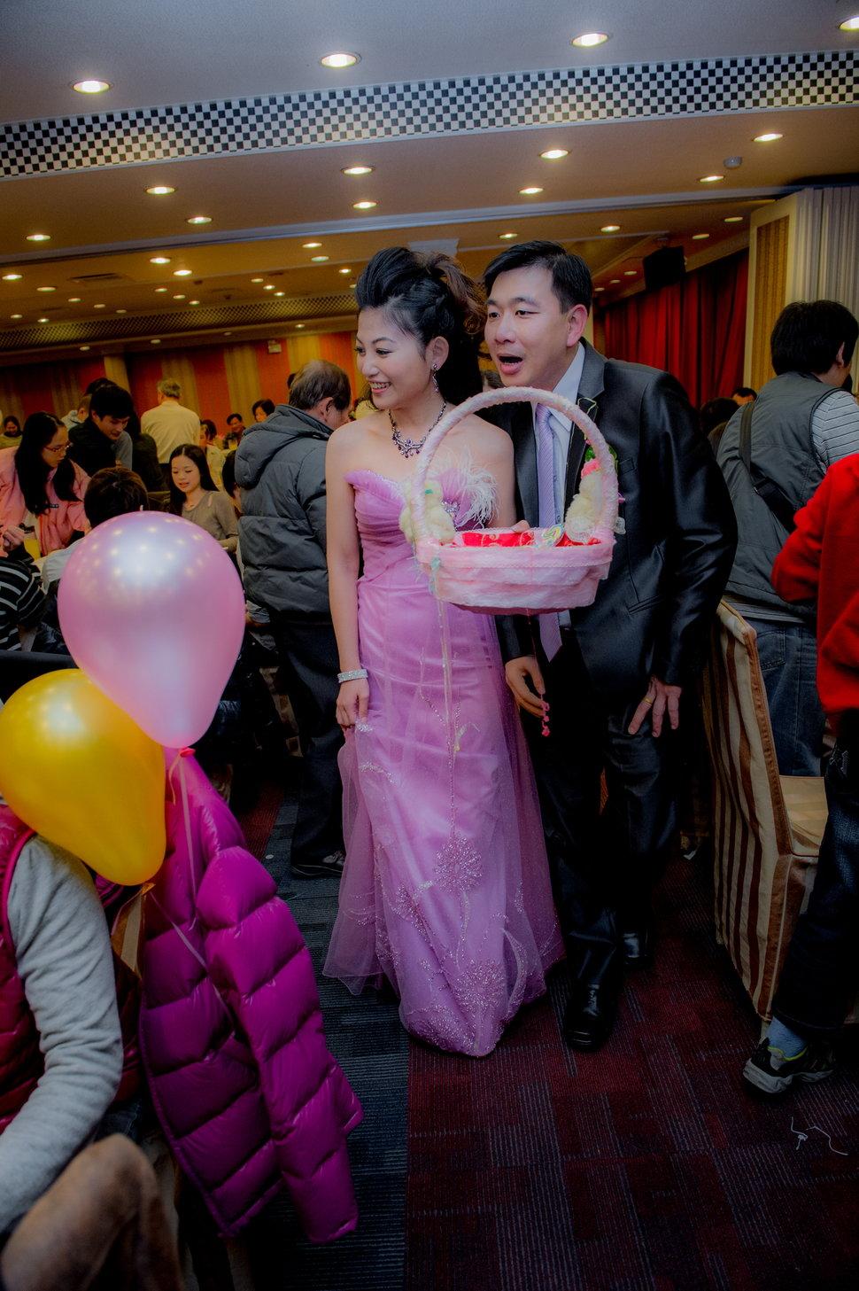 _CON9191 - 婚攝溏威自助婚紗婚禮紀錄新秘孕寫真全家福《結婚吧》