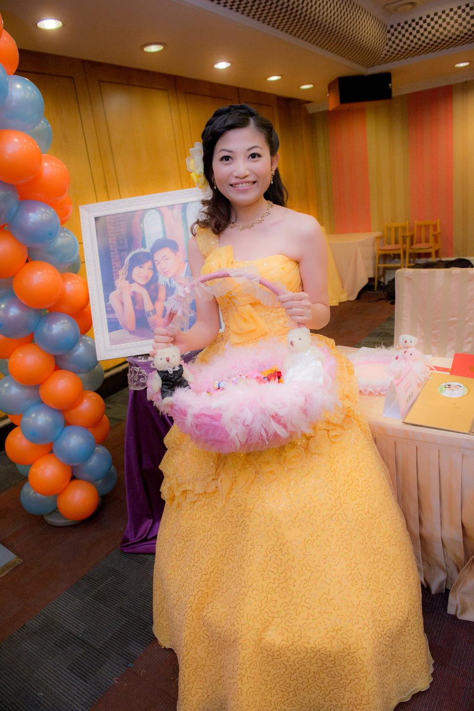 _CON9482 - 婚攝溏威自助婚紗婚禮紀錄新秘孕寫真全家福《結婚吧》