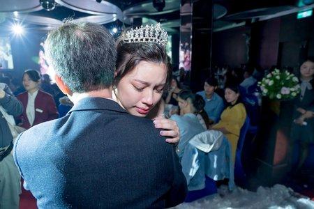 [台中女兒紅婚宴會館] 訂結宴客 - 愛有多深 就會有多不捨。