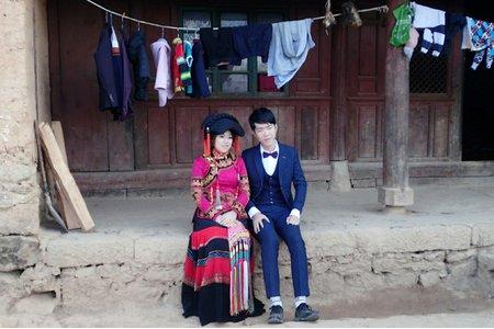 海外自助婚紗-雲南少數民族彝族婚紗