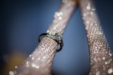 婚戒婚鞋特寫