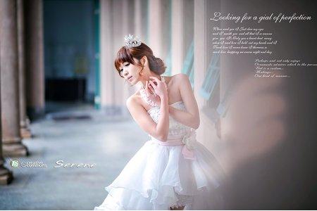 【創意自助婚紗寫真】- 單人- 翩翩起舞的白嫁衣