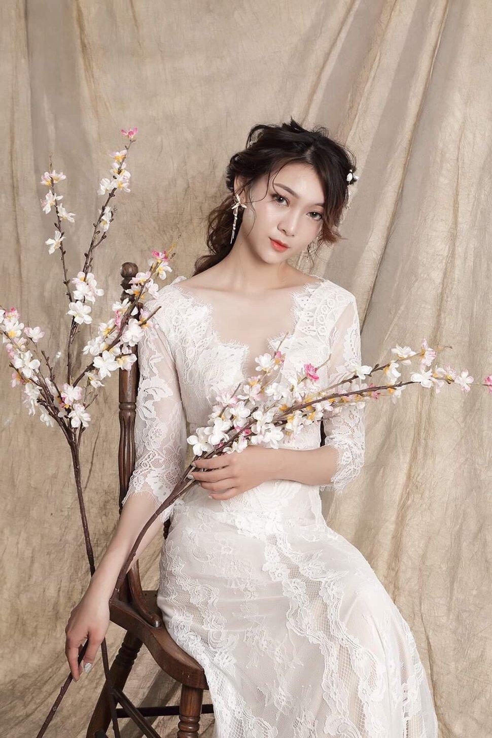 466D36D5-42EE-497C-B6D6-905777F27F47 - Nanami 張慈慈《結婚吧》