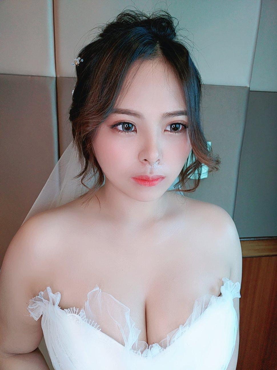 A6DE105C-7FDF-4F54-BB5E-28A0A156A91E - Nanami 張慈慈《結婚吧》