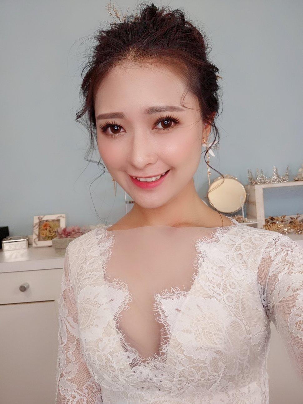 00F0EF08-1B9E-435D-AA50-7C2D544DE212 - Nanami 張慈慈《結婚吧》