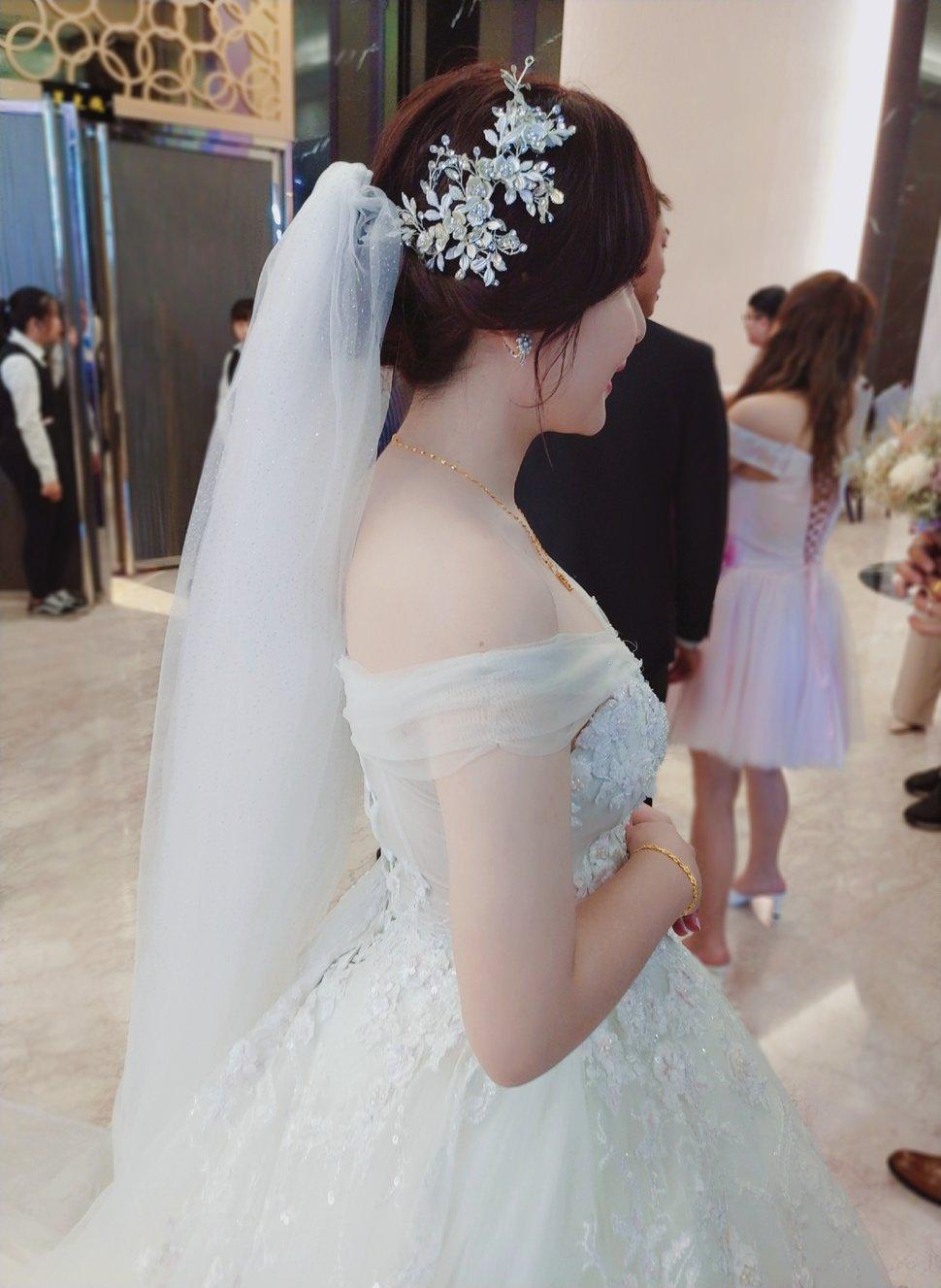 0C50A7B7-3586-4F8F-8E67-A03F0FB80294 - Nanami 張慈慈《結婚吧》