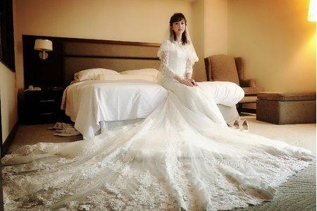 甜美空靈(yun)迎娶白紗造型