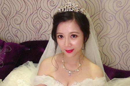 優雅女神(雪貞)低盤髮造型
